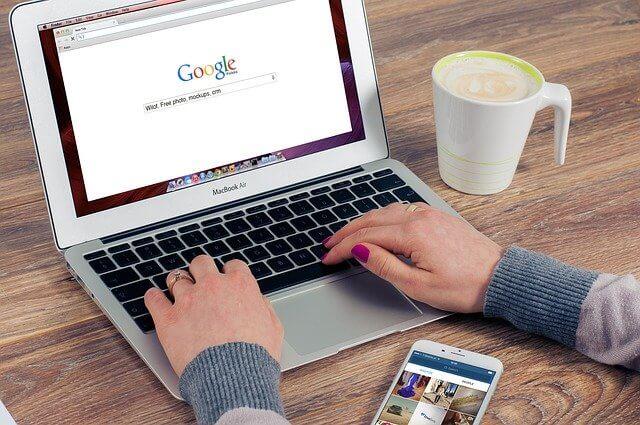 Website aanmelden google